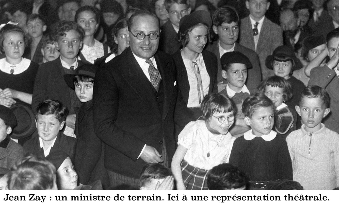 Jean Zay & enfants au théâtre-Ministre de terrain