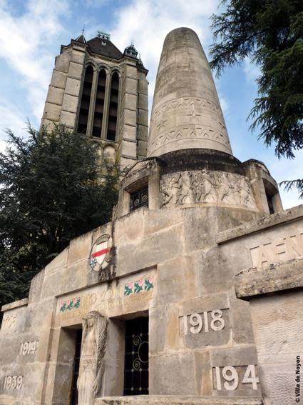 noyon-monument-aux-morts